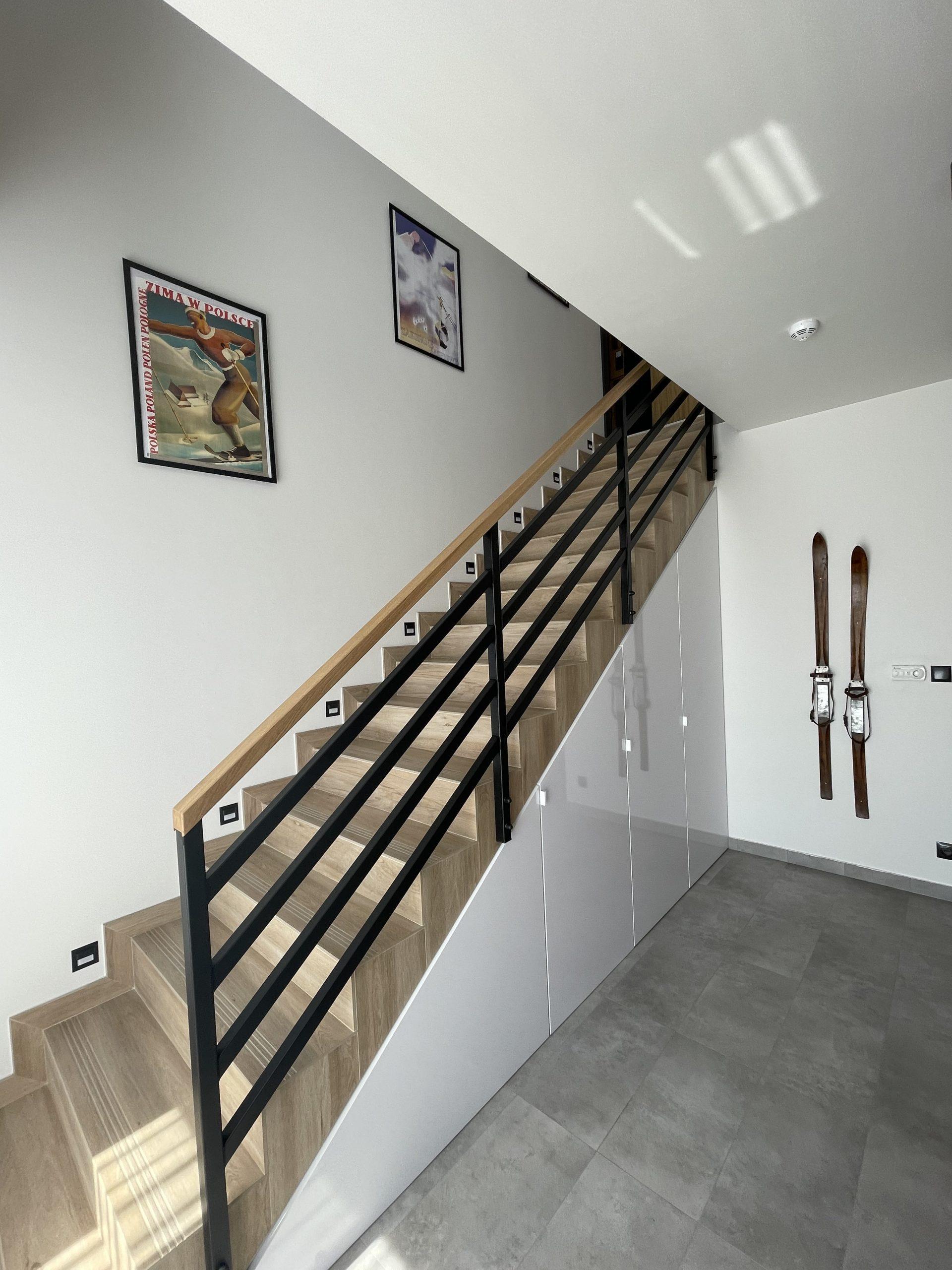 Apartamenty NOVA BIAŁKA Białka Tatrzańska klatka schodowa
