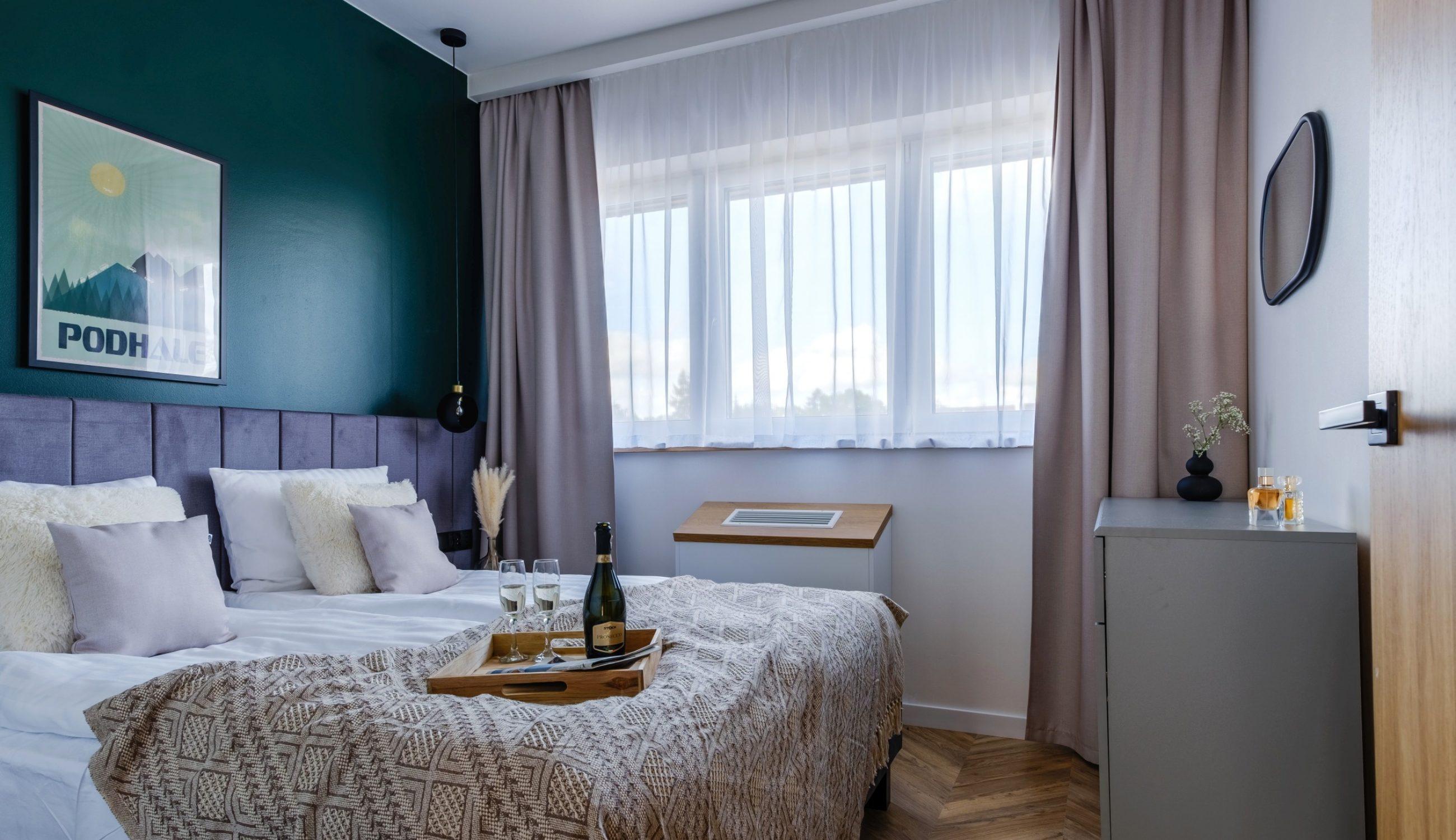 Apartamenty NOVA BIAŁKA Białka Tatrzańska apartament 5 sypialnia łóżko