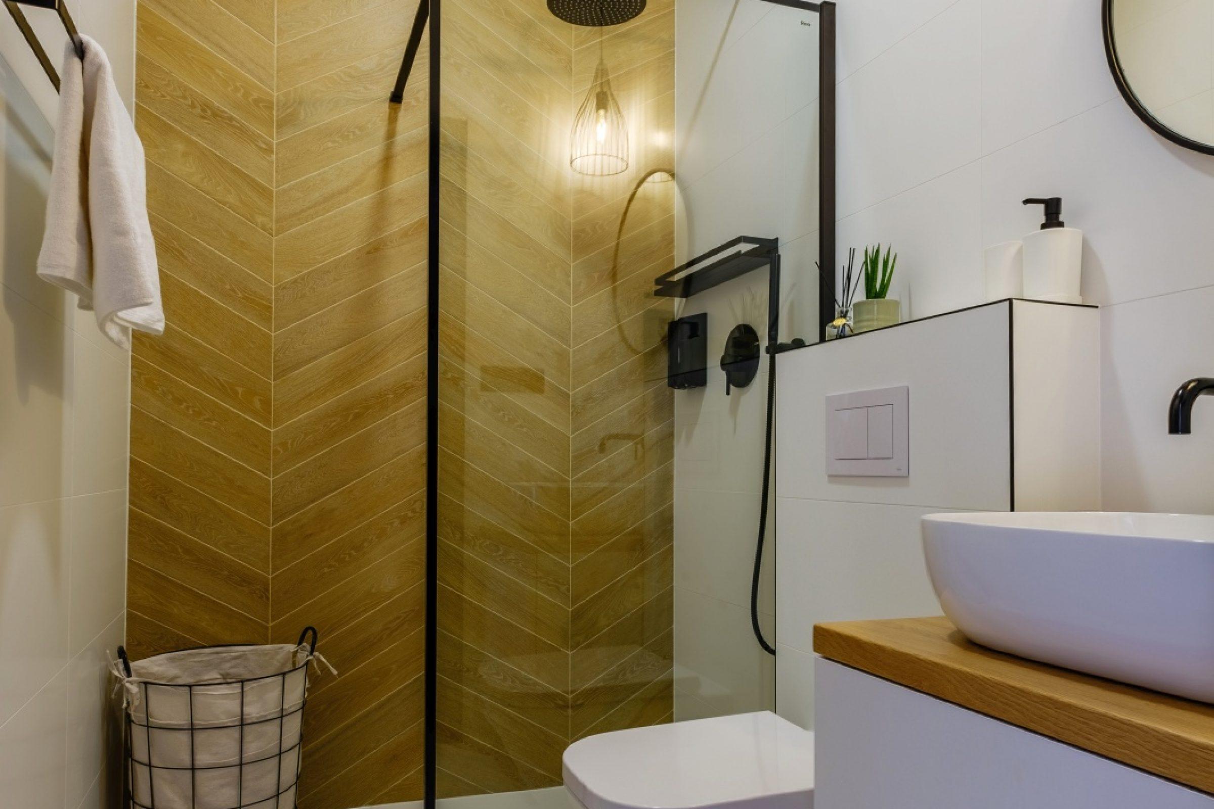Apartamenty NOVA BIAŁKA Białka Tatrzańska apartament 6 łazienka z prysznicem